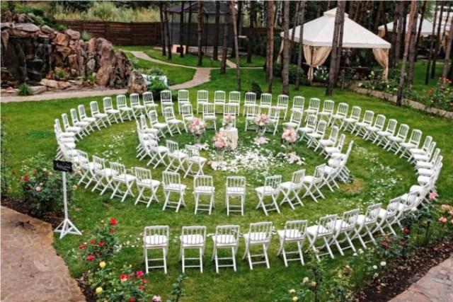 Меблі в оренді для гостей для виїзної церемонії шлюбу