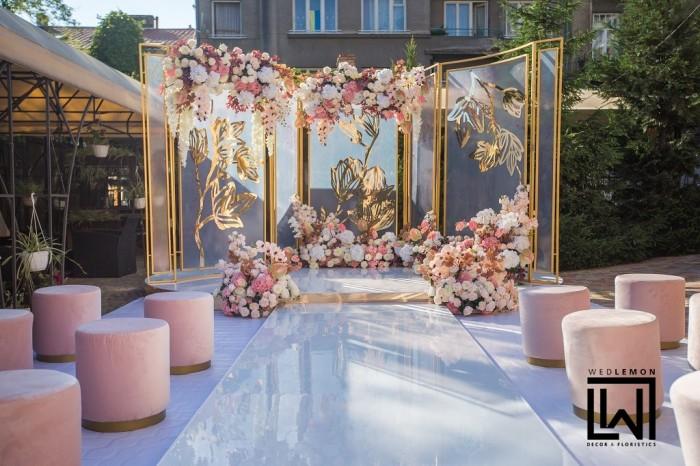 Декор виїзної церемонії шлюбу у Львові