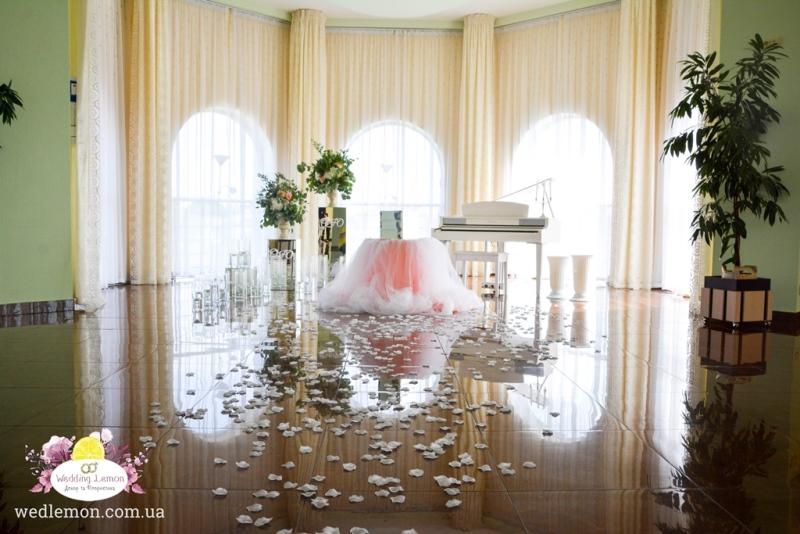 Церемонія шлюбу в ресторані Терміналі А