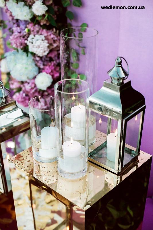 хромовані ліхтарі зі свічками на весілля