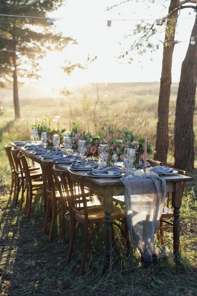 Оформлення столів на весілля, квіткові композиції на столах гостей, квіти на весілля Львів