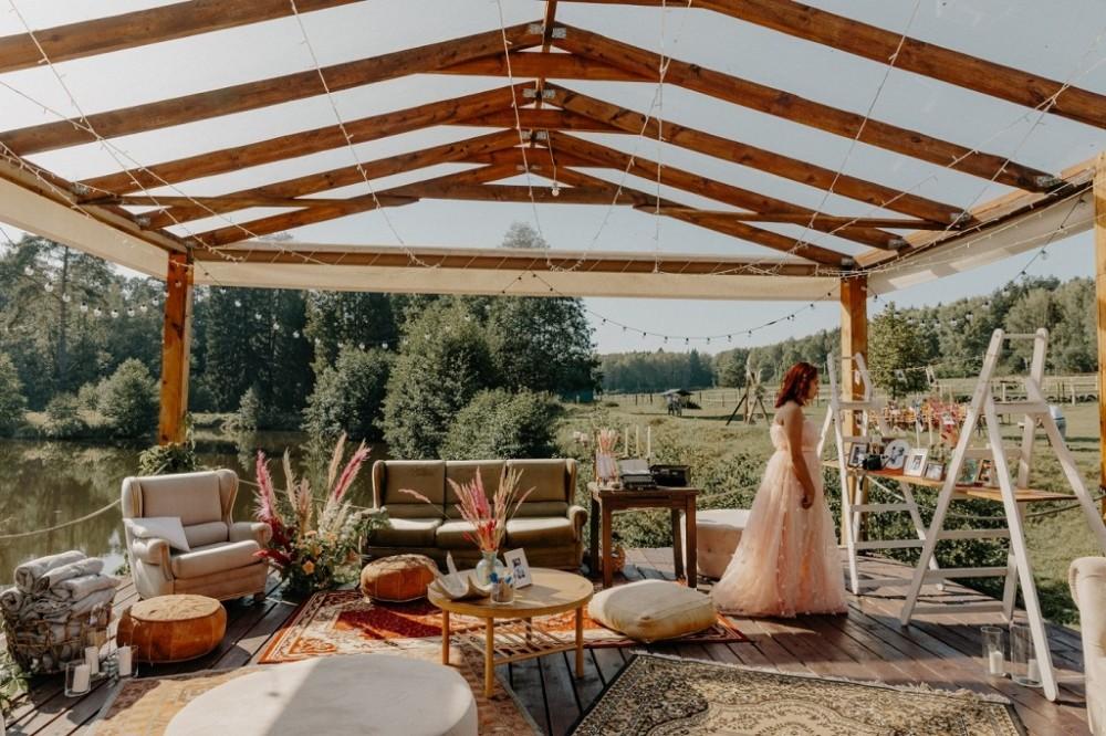 Еко весілля, весілля в стилі рустик, організація весілля на природі, оформлення весілля вдома