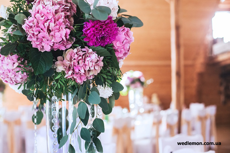 гортензії для ніжного оформлення весілля квітами