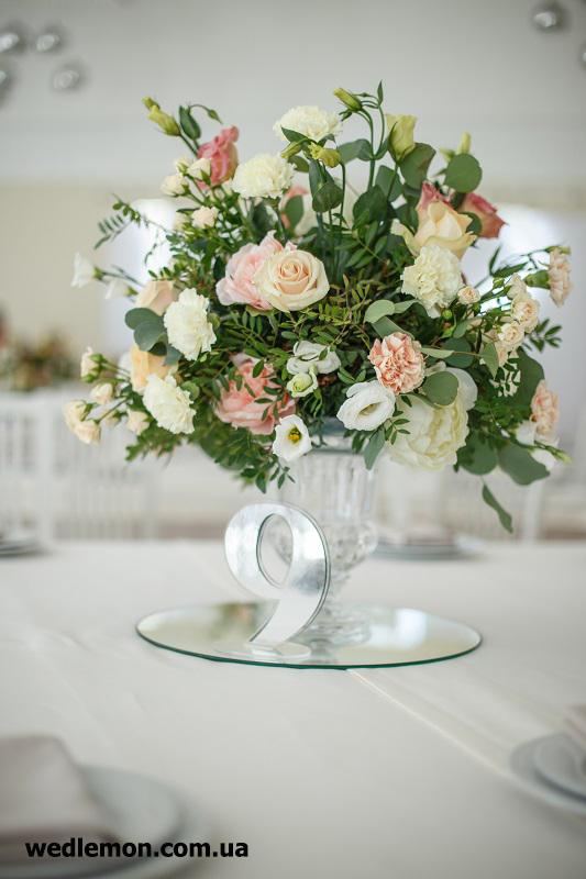 дзеркальний номерок на стіл гостей цифра
