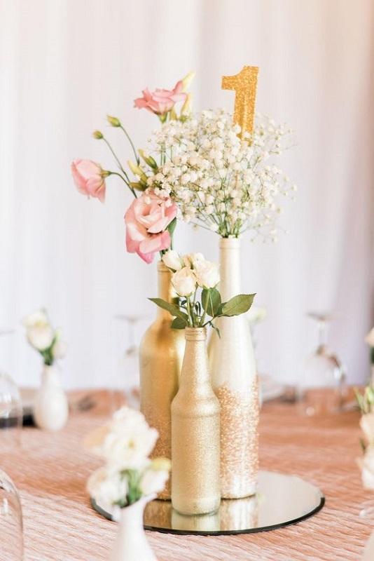Мінімальний декор столу для гостей