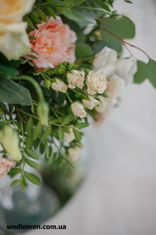 Квіткові композиції на столи