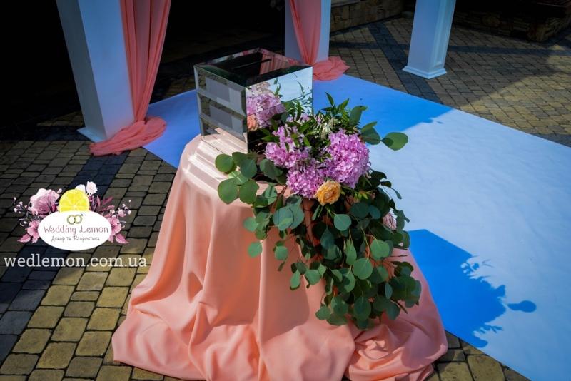 Весільна скриня для конвертів на весілля