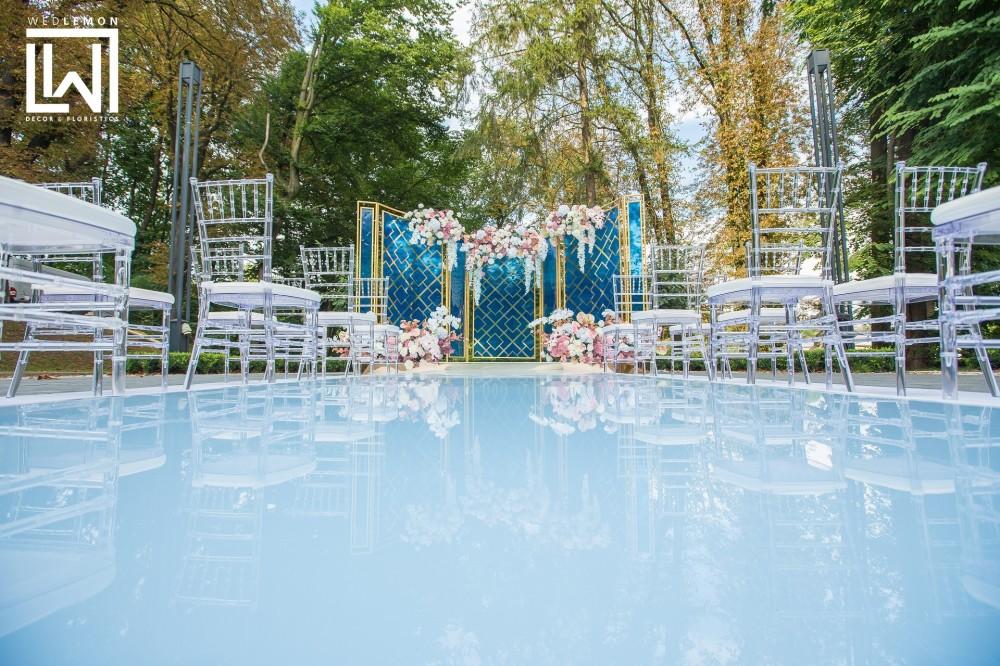 Виїзна церемонія Львів, організація та проведення весілля в ресторані Парк оф рест
