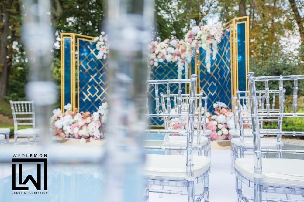 Оформлення весілля, оренда прозорих стільчиків на весілля