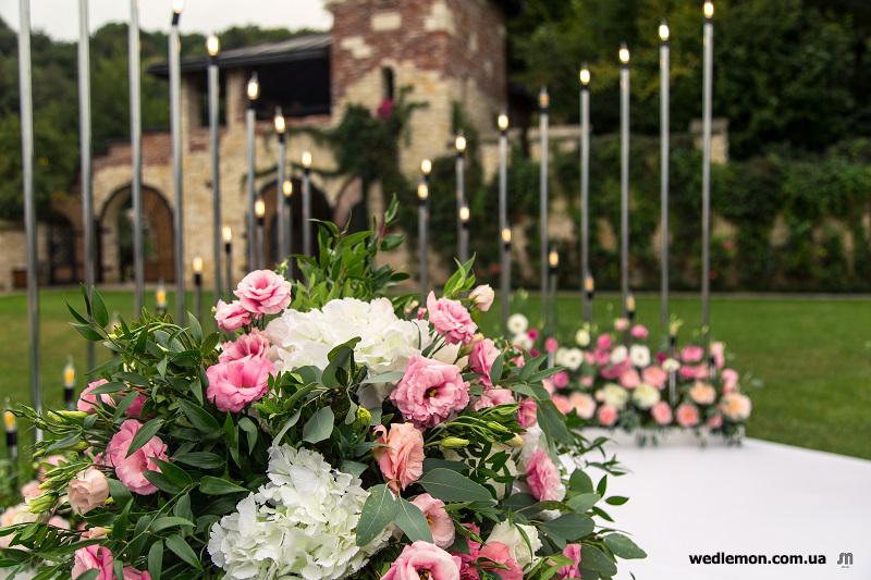 Цікавий декор на церемонію шлюбу