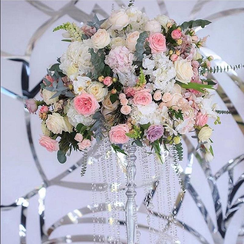 Оформлення весіллля квітами
