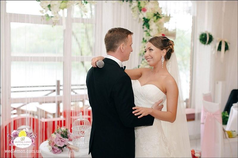 Декор на весілля