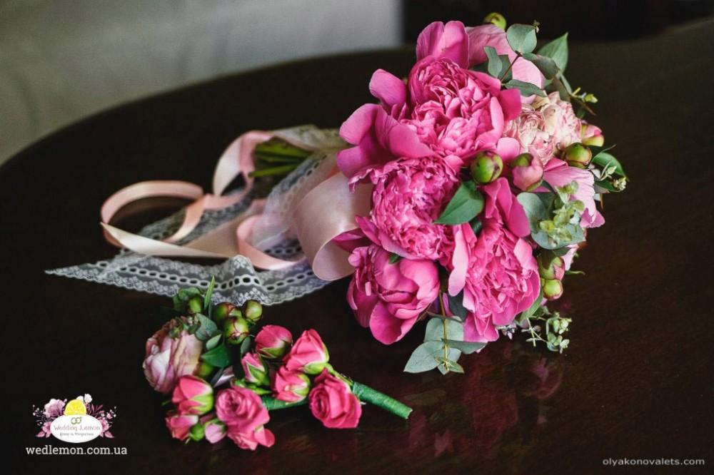 Букет нареченої піоновий рожевий