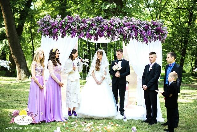 Бузок в оформленні весілля