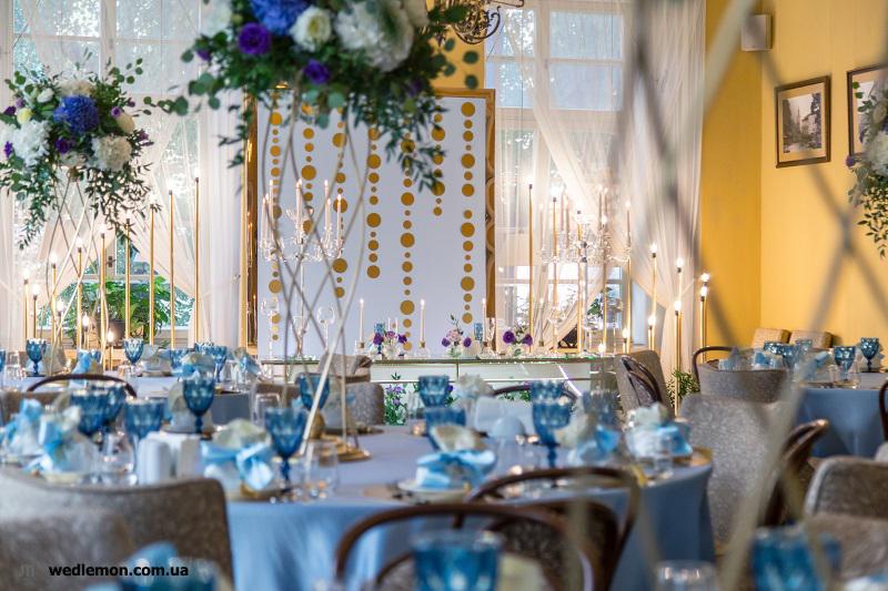 Вази на столи гостей, ідеї оформлення столів на весілля