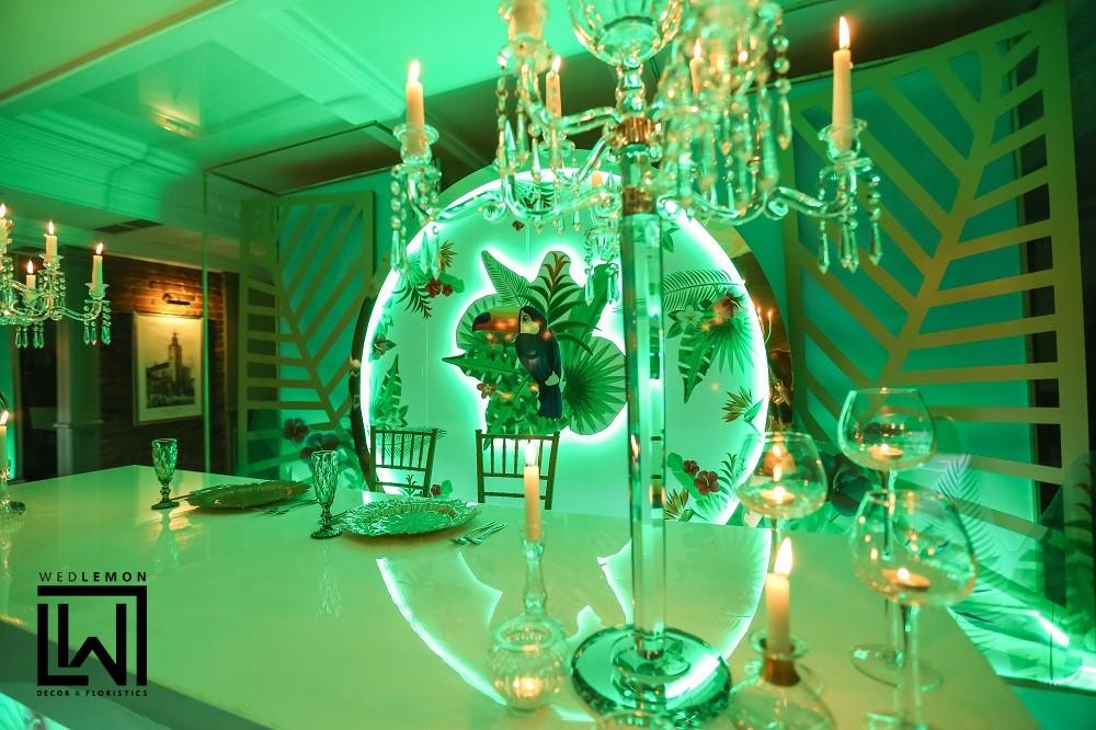 Весілля зеленого кольору ідея декору