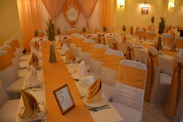Колоски пшениці в декоруванні весілля