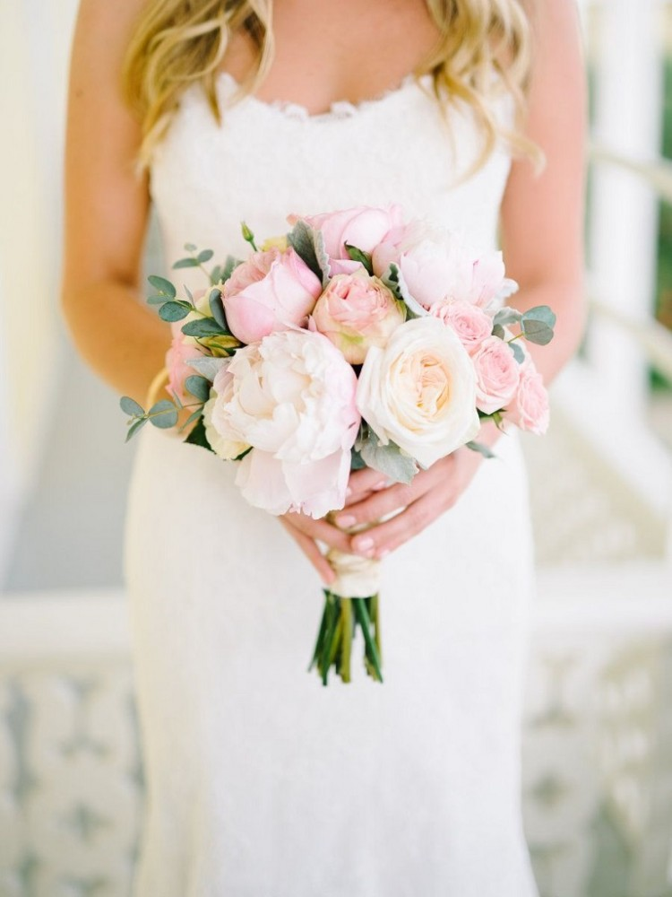 Букет нареченої з троянд