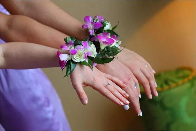 Обруч на руку для нареченої та дружок