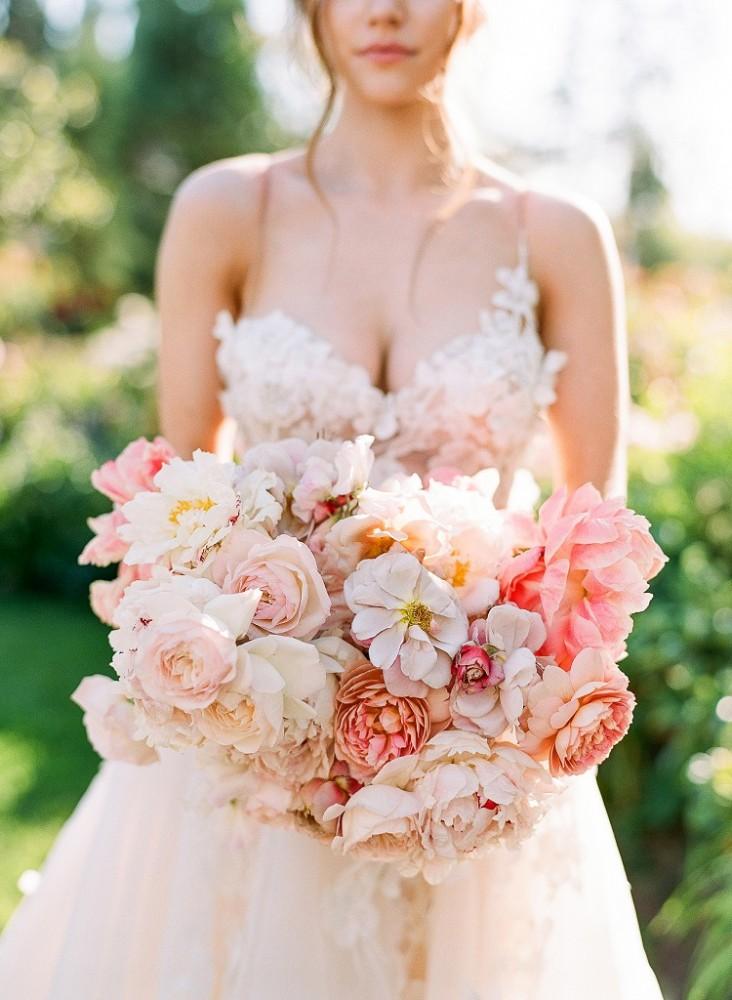 Букет нареченої ніжні кольори