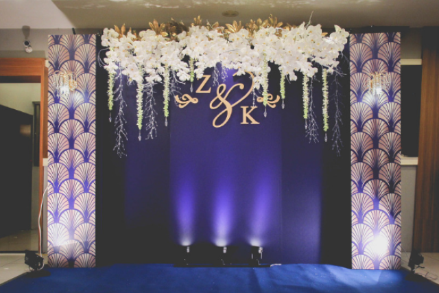 Весільна фотозона