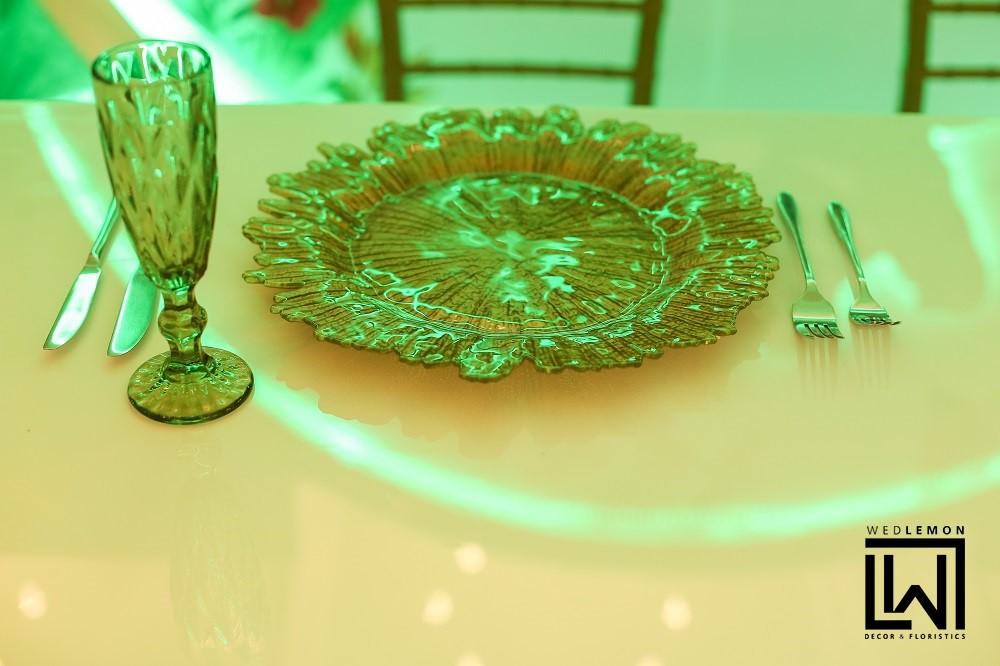 Весільні тарілки оформлення столів